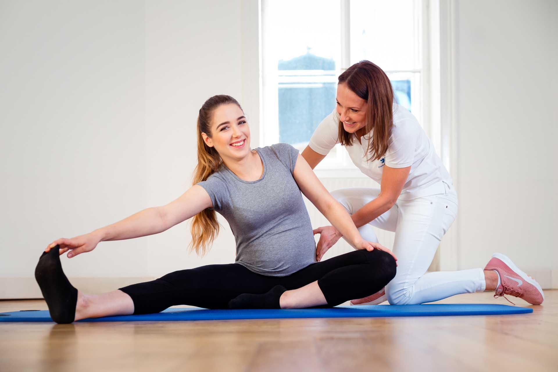 Mobilität in der Schwangerschaft bei Kinemedic - Praxis für physikalische und rehabilitative Medizin