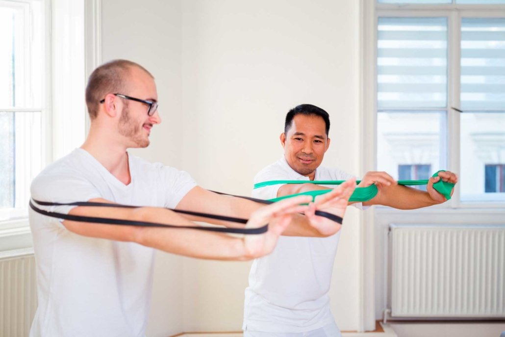 Kräftigung Schultergürtel im Rahmen derPhysiotherapie bei Kinemedic - Praxis für physikalische und rehabilitative Medizin