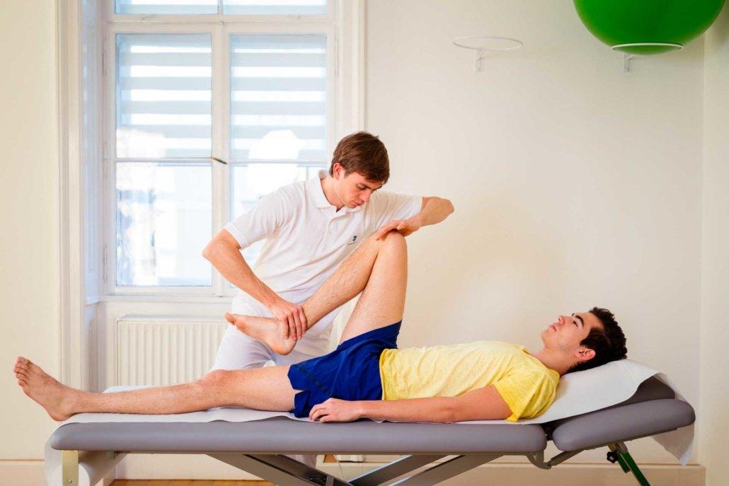 Befundaufnahme Physiotherapie bei Kinemedic - Praxis für physikalische und rehabilitative Medizin