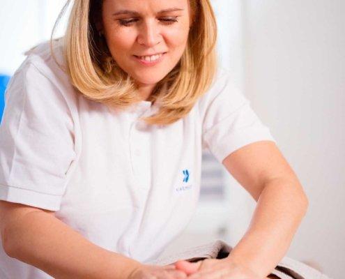Entspannung und muskuläres Gleichgewicht, Heilmassage, Sportmassage, Reflexzonenmassage bei Kinemedic - Praxis für physikalische und rehabilitative Medizin
