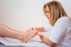 Manuelle Lymphdrainage bei Kinemedic - Praxis für physikalische und rehabilitative Medizin